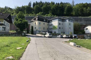 CHECKING IN – HOSTEL MARMOTA INNSBRUCK